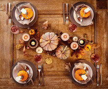 Table Set Four Four With Pumpkins