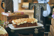 Cake expositor