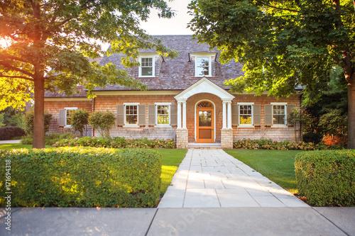 Fotografía  Traditional style  home