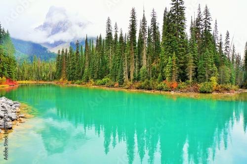 Spoed Foto op Canvas Groene koraal Emerald Lake
