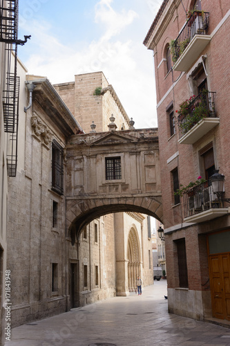 Arch in Calle de la Barchilla, between the cathedral and the archbishopric of valencia Canvas Print
