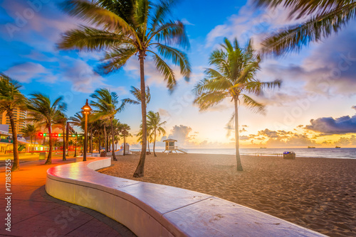 La pose en embrasure Plage Fort Lauderdale Beach Florida
