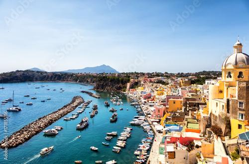 Cuadros en Lienzo Vue sur la baie de Procida, golfe de Naples, région de Campanie, Italie