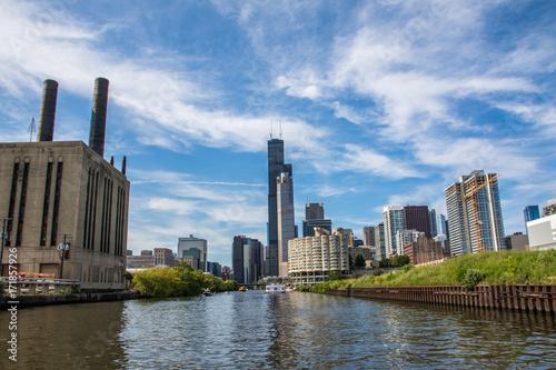 Obraz na dibondzie (fotoboard) Fabryka i rzeka chicago