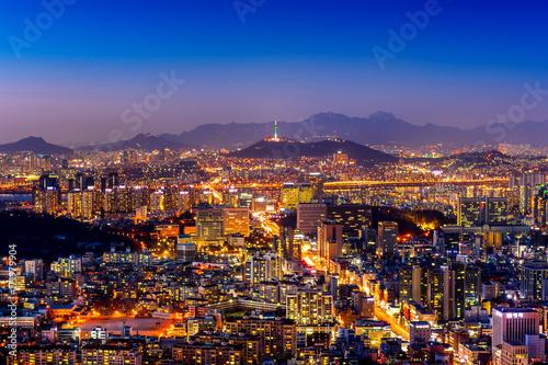 Foto op Canvas Seoel Seoul cityscape and Seoul tower at night. Traffic in Seoul, South Korea.
