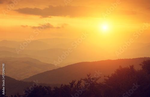 Foto op Aluminium Bergen Sunset in mountains