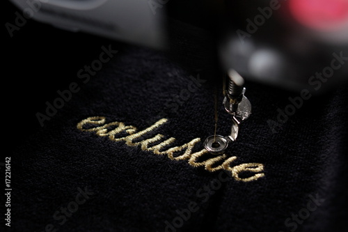 Obraz embroidery of gold lettering