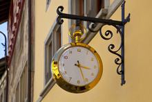 Gold Clock In The Streets Of S...