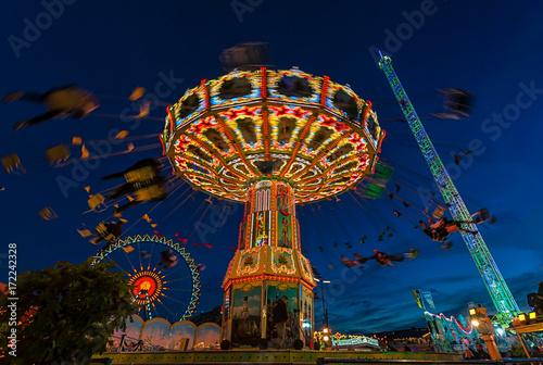Photo  Das Kettenkarussell auf der Wiesn 2017, dem berühmtesten Volksfest der Welt, das