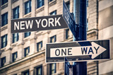 Fototapeta Nowy Jork - New York written on a roadsign, in New York City, USA