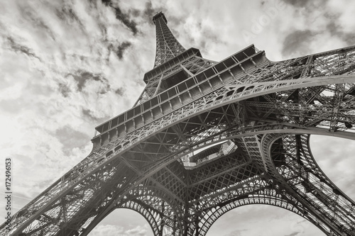 Poster Tour Eiffel Eiffel Tower in black and white colors
