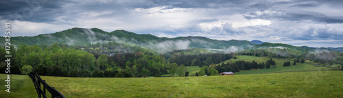 Photo  Appalachians rolling hills in Virginia