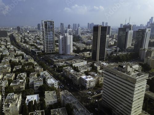 In de dag Milan central Tel Aviv, Habima Theatre, Heihal Hatarbut, National Theatr, edge of Rothschild blvd, Building surrounding
