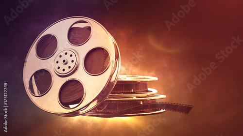 tasma-filmowa-na-rozmazanym-tle