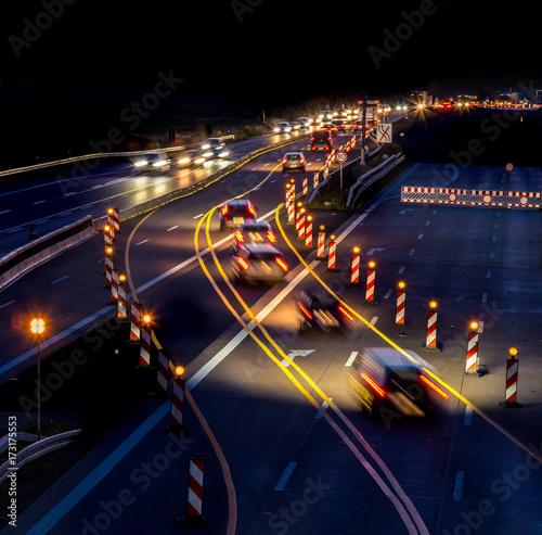 Zdjęcie XXL miejsce budowy na autostradzie w nocy