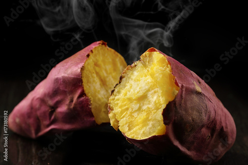Fototapeta  やきいも Japanese sweet potatoes