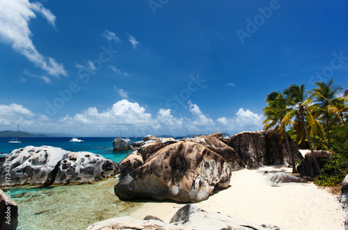 Foto op Aluminium Cathedral Cove Stunning beach at Caribbean