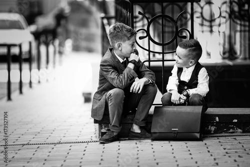 Photo  Деловые мальчики