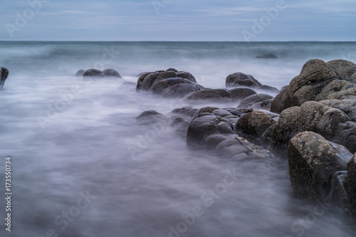 Photo Hartland, Devon, United Kingdom, Dramatic Seascape, eerie rock formation