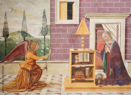 Photo Fresco in San Gimignano - The Annunciation