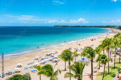 Poster Caraïben Puerto Rico beach travel vacation landscape background. Isla Verde resort in San Juan, famous tourist cruise ship destination in the Caribbean.