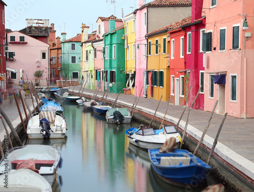 Foto op Plexiglas Venetie canal and the colorful houses of the BURANO island near Venice i
