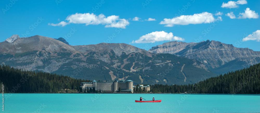 Fototapeta Scenic view of the Lake Louise at Banff National Park