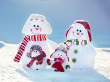 Family Snowman On Snow