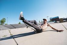 Skateboard Yoga Fail