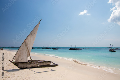 Deurstickers Afrika Traditional wooden sailing boats in Africa. Dhow.