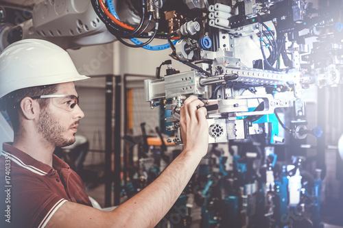 Obraz Techniker / Automotive / Robotik - fototapety do salonu