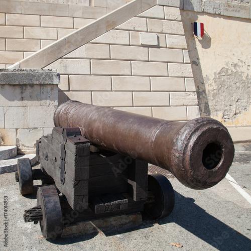 Le canon de Port-Vendres Canvas Print
