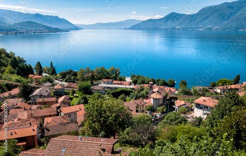 Valokuva Landscape of lake Maggiore with Maccagno below, Luino, Italy