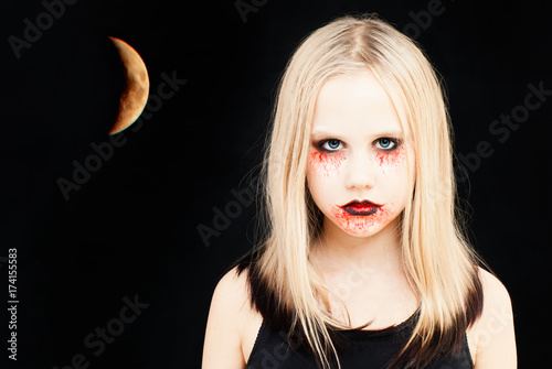 Girl with Halloween Makeup Canvas-taulu