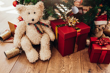 Gift Boxes And Soft Toys Place...