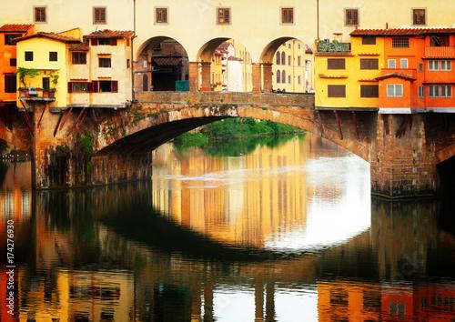 Stampe  famous bridge Ponte Vecchio with reflection, Florence, Italy, retro toned