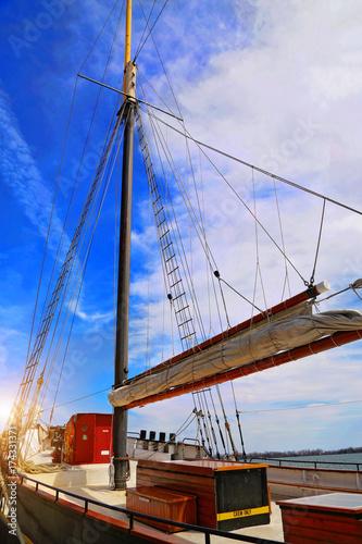 Photo Stands Rotterdam Toronto harbor cruise