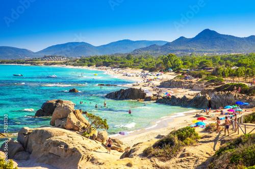 Photo Spaggia di Santa Giusta beach with famous Peppino rock, Costa Rei, Sardinia, Ita