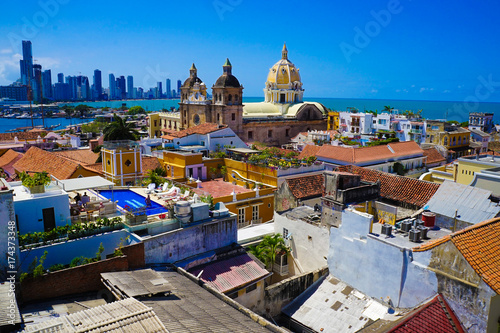 Cuadros en Lienzo  Old Town Of Cartagena in Colombia Over Rooftops - UNESCO World Heritage Site