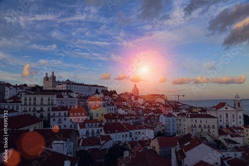Plakat Lizbona, widok na zamek Saint George Castle