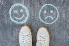Choice - Happy Smileys Or Unha...