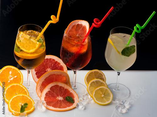 zimne-napoje-cytrusowe-w-roznych-wersjach-do-wyboru