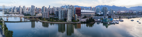 Valokuva  Panoramic City Skyline View of Downtown Vancouver around False Creek area from an Aerial Perspective