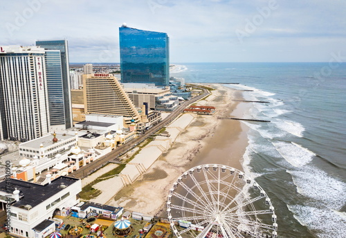 Fotografia  ATLANTIC CITY, USA - SEPTEMBER 20, 2017: Atlantic city waterline aerial view