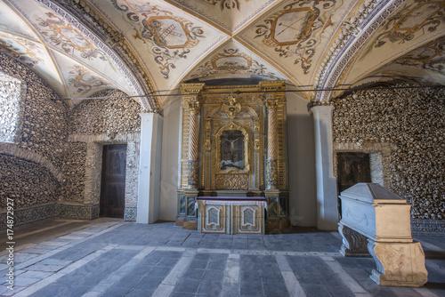 Tela The Chapel of Bones (Capela dos Ossos), evora, portugal