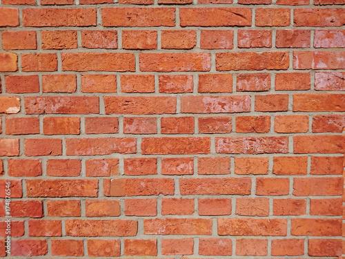 kolorowe ściany z cegły