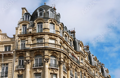 Fototapeta Real Estate - Paris - France obraz