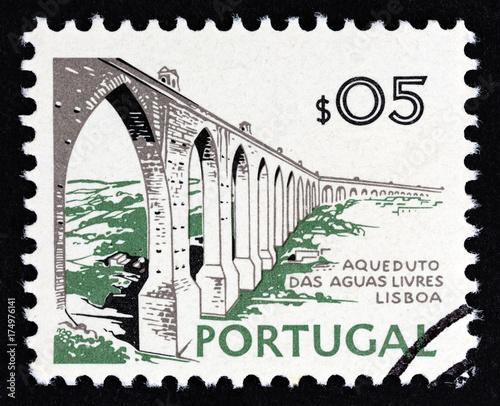 Fotografia  Aguas Livres Aqueduct, Lisbon (Portugal 1973)