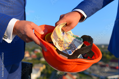 Photo  Bribery and business bargain concept