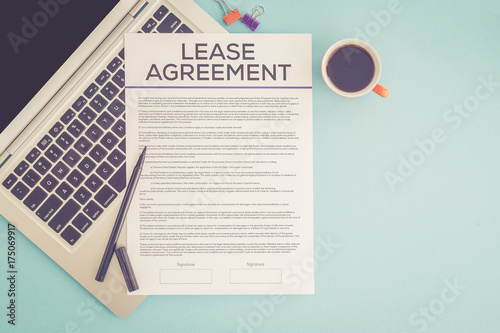 Fotomural  LEASE AGREEMENT CONCEPT